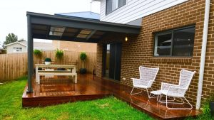 small-deck-and-pergola-wollongong