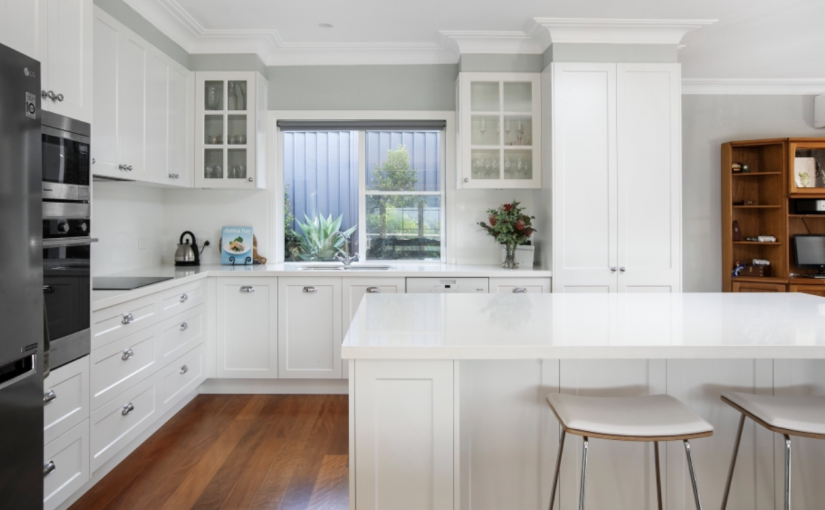 Custom-Kitchen-Mt-Kembla
